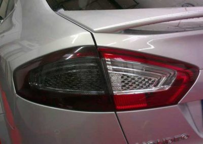 Ford Mondeo rear lights partially tinted